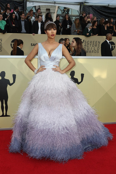 Jackie Cruz looked absolutely delightful in a Rami Kadi ball gown with a feathered degradé skirt at the 2018 SAG Awards.