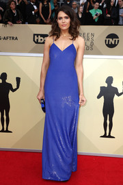 Mandy Moore made a totally alluring choice with this electric-blue sequin slip gown by Ralph Lauren for the 2018 SAG Awards.