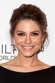Maria Menounos went for a romantic vibe with this bobby-pinned updo during the GLAAD Media Awards.
