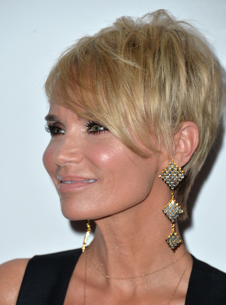 More Pics of Kristin Chenoweth Emo Bangs (5 of 16) - Kristin Chenoweth Lookbook - StyleBistro [hair,face,hairstyle,chin,blond,eyebrow,bob cut,neck,bangs,pixie cut,arrivals,kristin chenoweth,actress,beverly hills,california,the beverly hilton hotel,25th annual producers guild of america awards,producers guild of america awards]