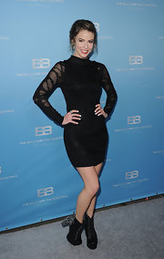 Linsey Godfrey wore this LBD with sheer sleeves to CBS' 'The Bold and the Beautiful' party.