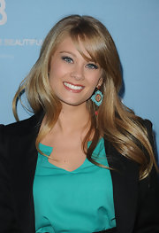 Kim Matula once again wore great accessories. This time, a pair of green dangle earrings at the CBS party.
