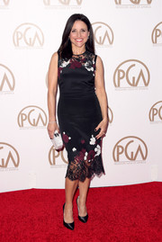 Julia Louis-Dreyfus looked lovely at the 26th Annual Producers Guild Of America Awards in a floral embroidered dress with a sexy lace trim.