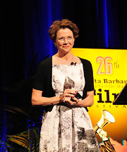 'The Kids Are All Right' star Annette Bening wore an 18-karat white gold Aladdin small link short necklace with diamonds at the 2011 Santa Barbara International Film Festival.