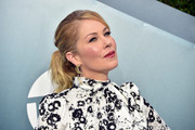 Christina Applegate pulled her hair back into a ponytail for the 2020 SAG Awards.