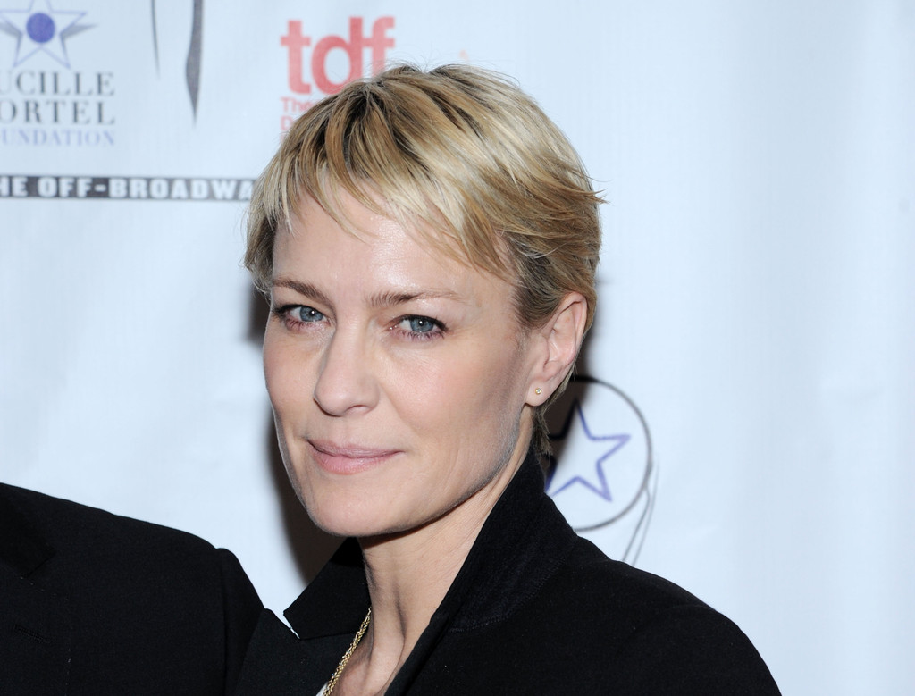 More Pics Of Robin Wright Pixie 1 Of 9 Short Hairstyles Lookbook