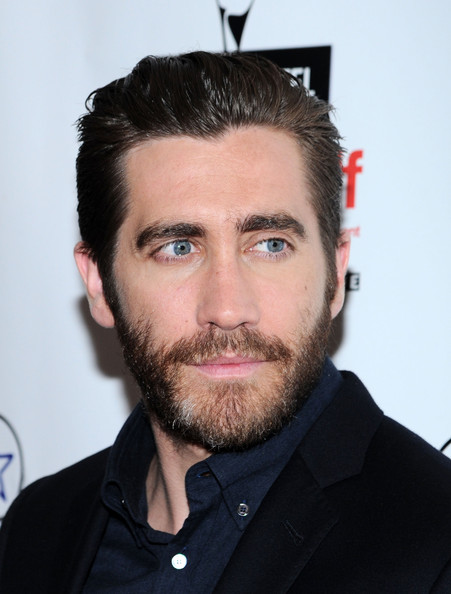 More Pics of Jake Gyllenhaal Short Straight Cut (1 of 7) - Short Straight Cut Lookbook - StyleBistro