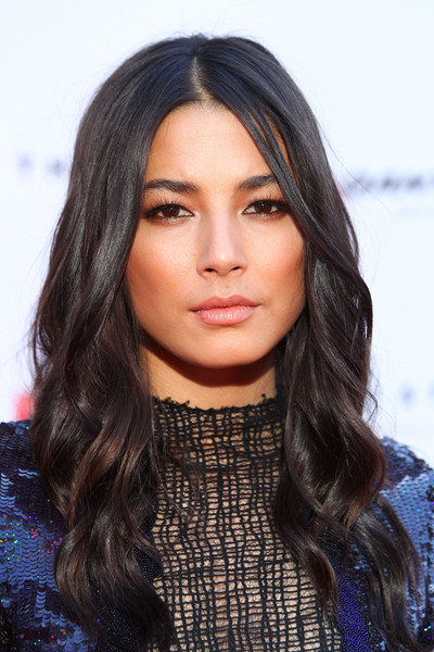 Jessica Gomes showed off perfectly sweet waves at the ARIA Awards.