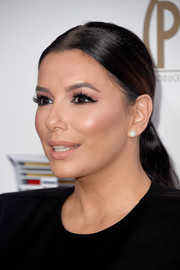 Eva Longoria slicked her hair back into a ponytail for the 2018 Producers Guild Awards.