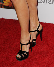 Laura Csortan donned a pair of black YSL Tribute sandals for the Australians in Film Awards Gala.