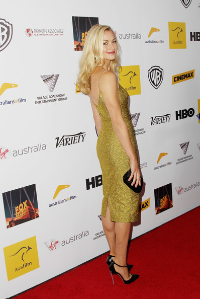 More Pics of Yvonne Strahovski Long Curls (1 of 15) - Yvonne Strahovski Lookbook - StyleBistro