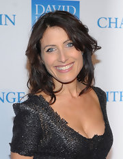 Lisa Edelstein showed off a perfectly layered cut at a benefit in New York.