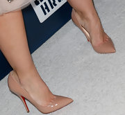 Minka Kelly stepped into a pair of leg-lengthening Louboutins.