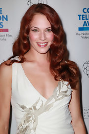 Amanda showed off her bright red hair while at the College Television Awards.