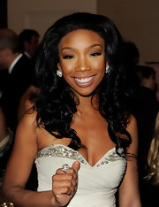 Brandy rocked a diamond cocktail ring at the 32nd Anniversary Carousel of Hope Gala. Strips of sparkling stones added to the touch of shimmer on her dress.