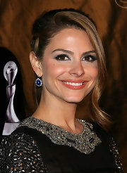 Maria Menounos wore a gorgeous shade of jade shadow to enhance her eyes at the 36th Annual Gracie Awards Gala.