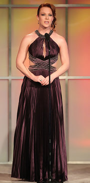 Erin wore a lovely pleated maroon evening gown with dramatic cutouts for the Gracie Awards.