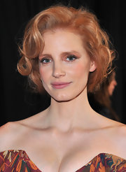 Jessica Chastain wore a voluminous 'do of pinned-up curls at the 37th Annual Los Angeles Film Critics Association Awards.