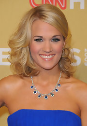 Carrie Underwood showed off a diamond and sapphire collar neckalce.