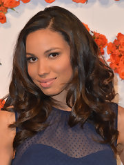 Jurnee Smollett's chocolate locks fell effortlessly into thick curls.