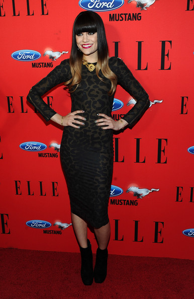 Jessie J arrived at the 3rd annual 'Elle' Women in Music event with a holographic minx manicure.