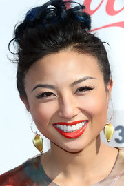 Jeannie Mai swept her hair up in a fun-looking top knot for the Streamy Awards.