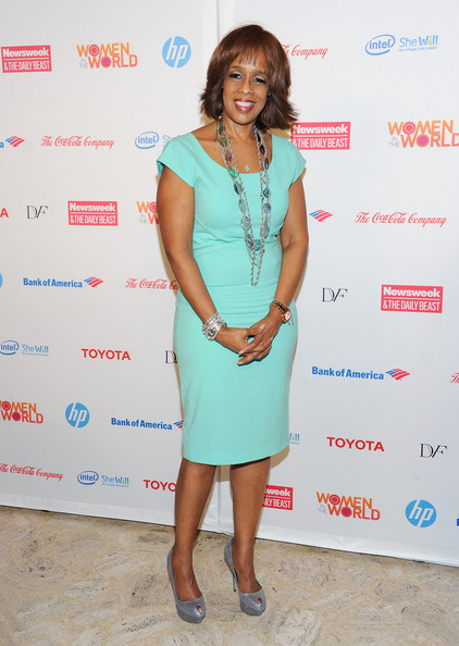 Gayle King looked lovely at the Women in the World Summit wearing this mint sheath dress.