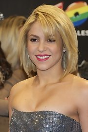 Shakira sported a sexy layered bob at the 2011 40 Principales Awards in Madrid, Spain.