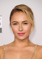 Bright pink lips were a powerful, yet pretty, choice for the red carpet.
