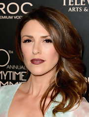 Elizabeth Hendrickson's rich raspberry lips definitely gave her a sultry look on the red carpet.