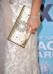 Sara Ramirez added a little bling to her look with a diamond bangle bracelet.