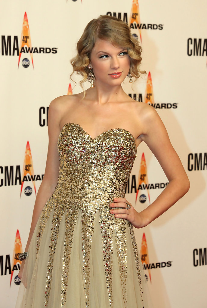 More Pics of Taylor Swift Gold Chandelier Earrings (17 of 17) - Gold ...