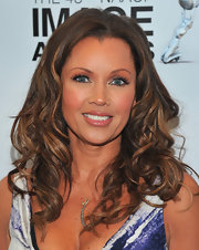 Vanessa Williams wore a pretty pink-based nude lipstick at the 43rd NAACP Image Awards press conference.