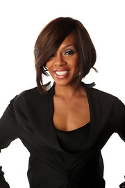 Wendy Raquel Robinson sported an ultra-mod graduated bob hairstyle at the NAACP Image Awards.