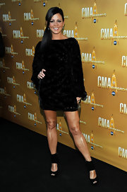 Sara Evans attended the 44th Annual CMA Awards last night and was seen wearing the  Rampling dress from the Autumn/Winter 2010 collection.