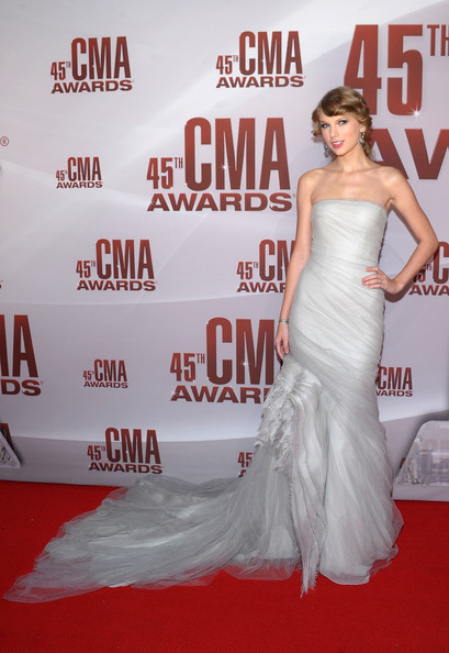 Frothy Gray J. Mendel at the 2011 CMA Awards