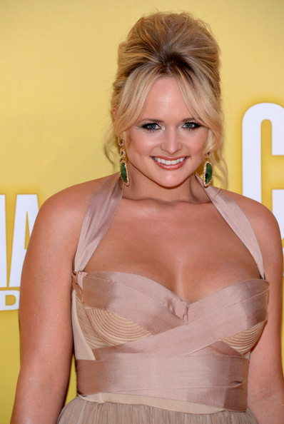 More Pics of Miranda Lambert Dangling Gemstone Earrings (1 of 10) - Miranda Lambert Lookbook - StyleBistro