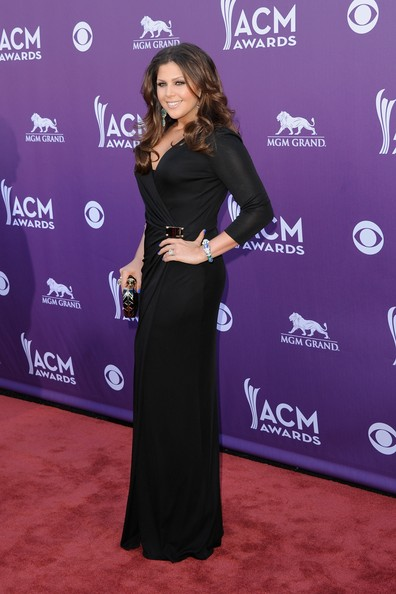 http://www2.pictures.stylebistro.com/gi/47th+Annual+Academy+Country+Music+Awards+Arrivals+KJugytnr3Hil.jpg