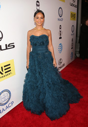 Jada Pinkett Smith took our breath away with this frilly teal strapless gown by Marchesa at the NAACP Image Awards.