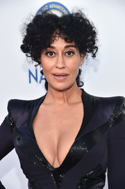 Tracee Ellis Ross styled her hair into a curly, center-parted ponytail for the NAACP Image Awards.