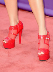 Tobi Lee chose these cherry red platform ankle booties for her punk-inspired red carpet look.