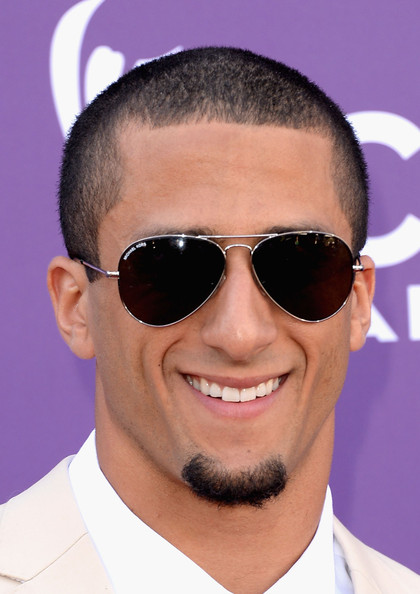 Colin Kaepernick looked cool and dapper in classic aviators.
