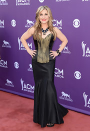 Sunny Sweeney chose an edgy corset dress with a cool snakeskin bodice and a fit and flare skirt.