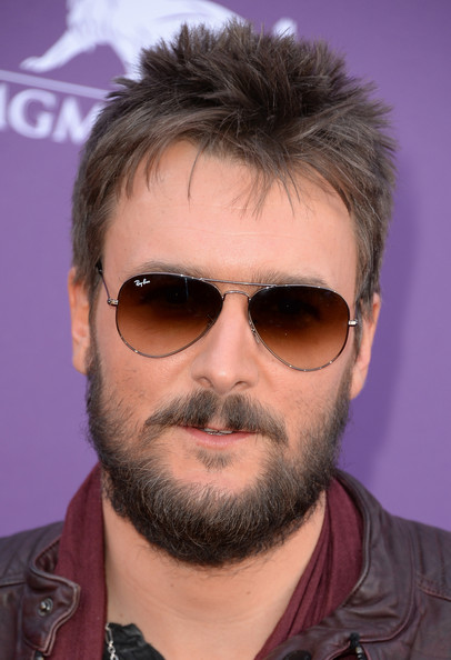 Eric Church kept his cool with these classic aviator shades.