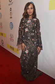 Kerry Washington made a stylish appearance at the NAACP Image Awards in a floral-appliqued lace gown by Prabal Gurung.