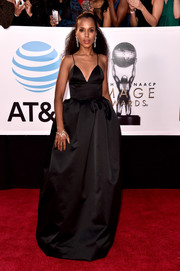 Kerry Washington looked absolutely regal in a black fit-and-flare gown by Michael Kors at the 2018 NAACP Image Awards.