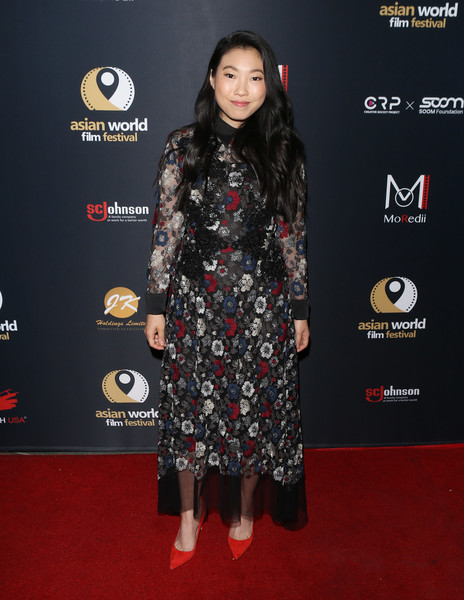 Awkwafina went for a demure look with this floral lace maxi dress by Antonio Marras at the Asian World Film Festival.
