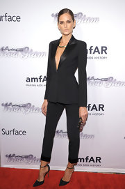 Izabel Goulart's sleek and sophisticated black suit stunned on the red carpet.