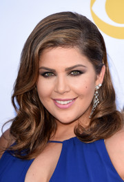 Hillary Scott looked pretty with her sculpted waves at the Academy of Country Music Awards.