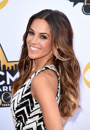 Jana Kramer sported flowing ombre waves at the Academy of Country Music Awards.